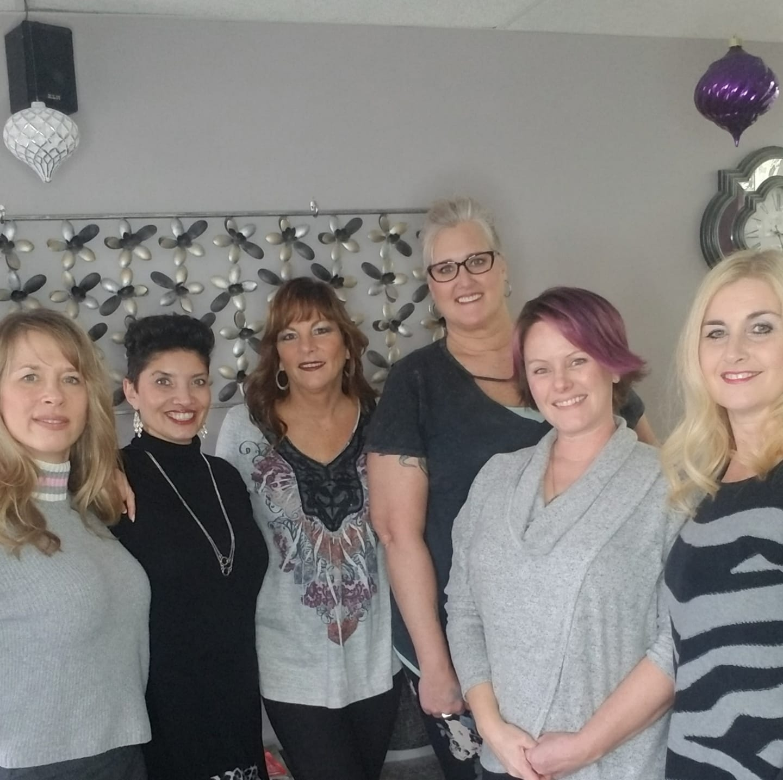 Leslee's Style & File Hair & Nail Salon