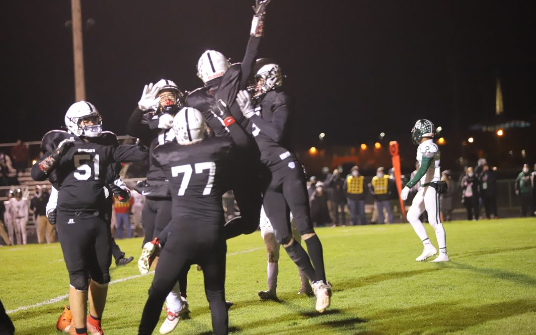 Grand Blanc Defeats Lake Orion 28-14